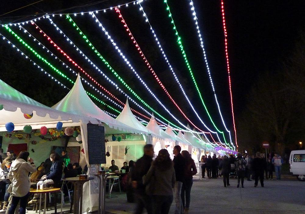 Iluminación Para Fiestas Y Eventos De Verano